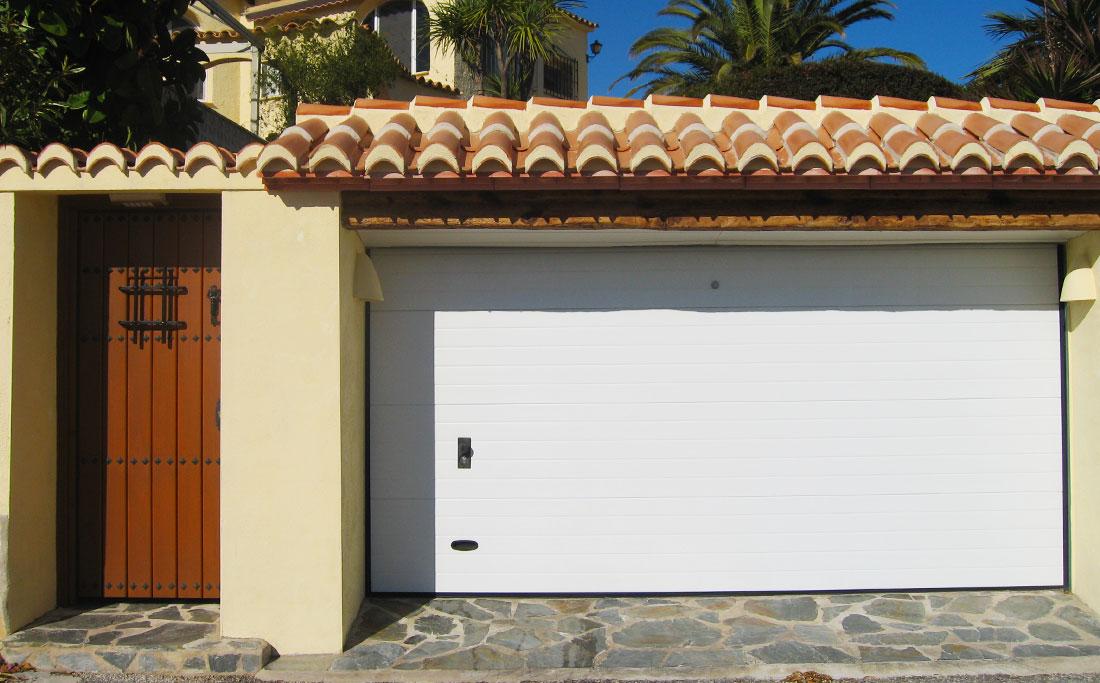 Garage Doors And Gates Lux Al Windows And Doors